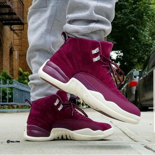 Bordeaux 12 on feet