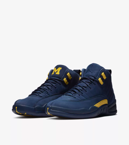 Jordan 12 Michigan _1