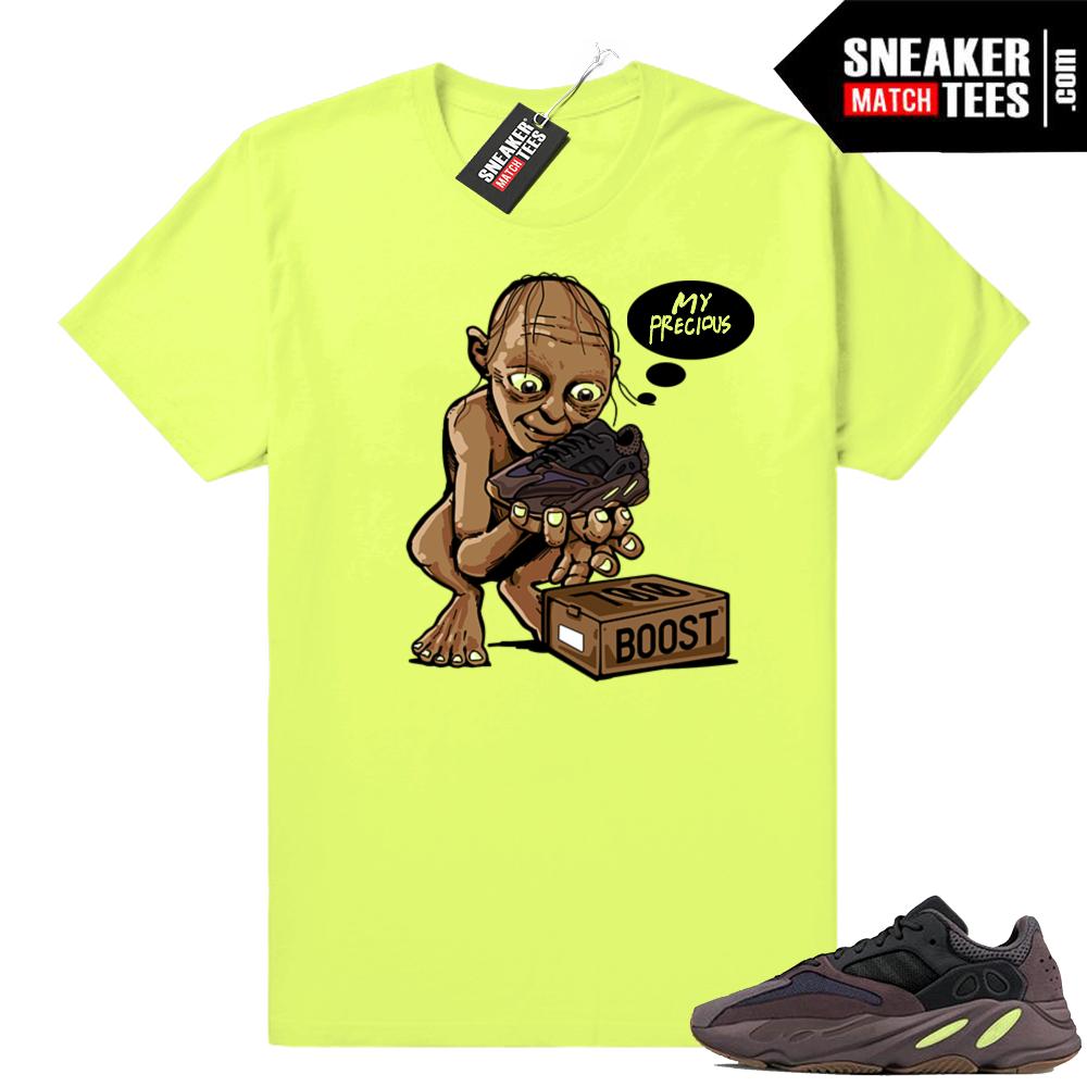 Yeezy 700 Mauve sneaker tee shirts