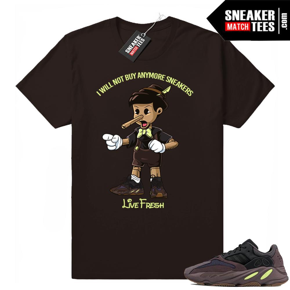 Yeezy 700 Mauve t-shirt to match