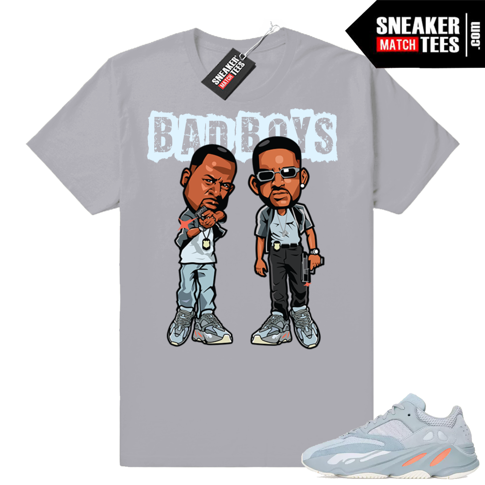 Match Yeezy sneakers Inertia 700 tees