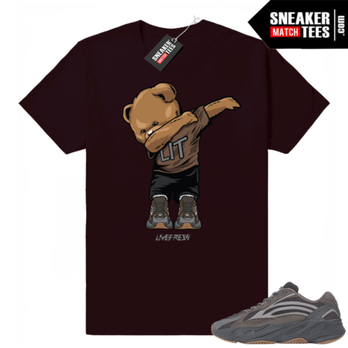Yeezy Boost 700 Geode sneaker match tees