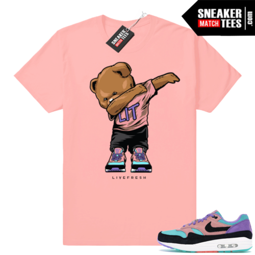 Air Max 1 Have a Nike Day Dabbin Bear tee