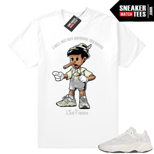 Sneaker tees Analog Yeezy sneakers