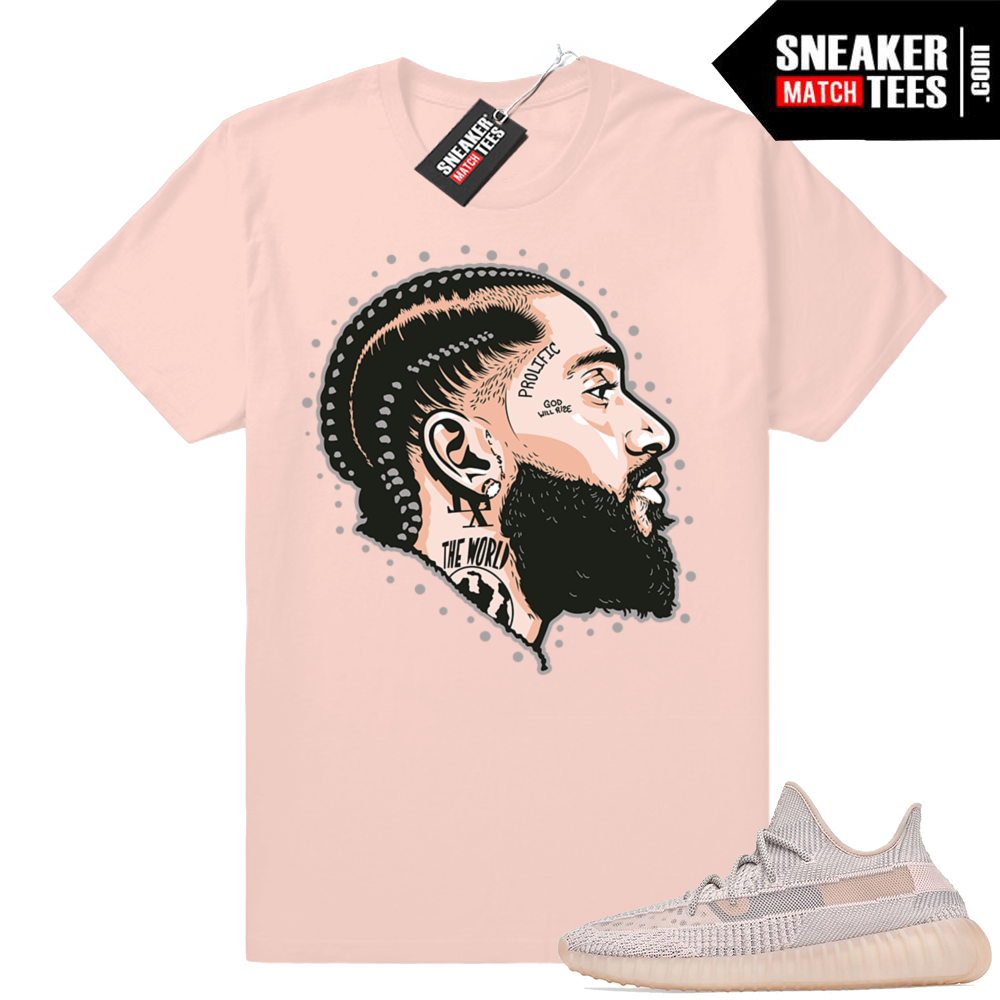 Match Yeezy 350 Synth sneaker tee