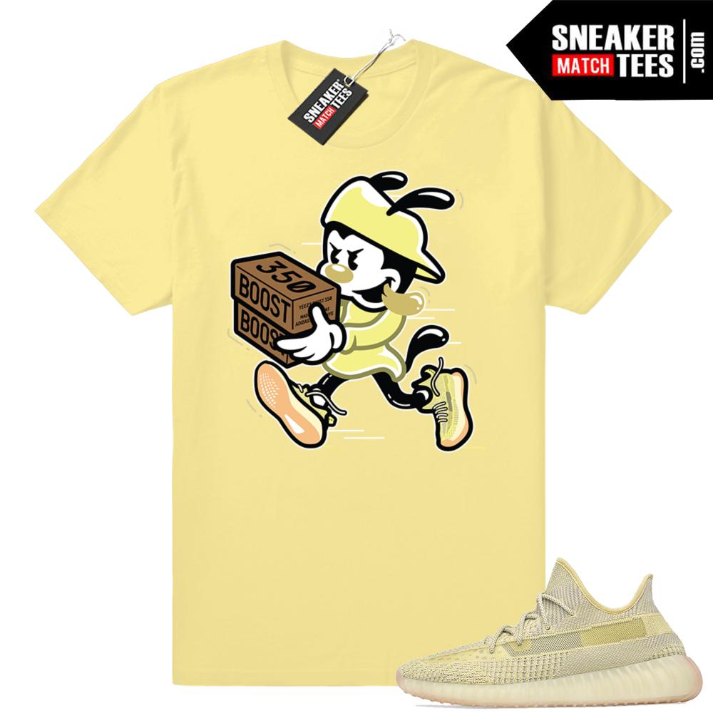 Yeezy Antlia sneaker match tees