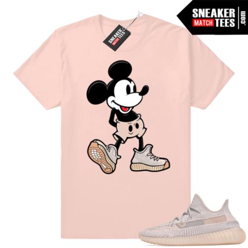Yeezy Boost 350 V2 Synth shirt match