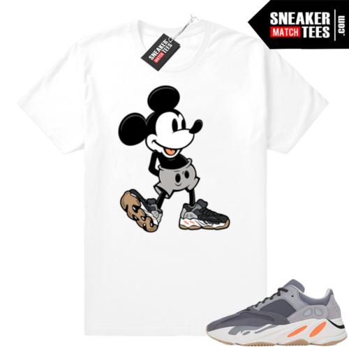 Magnet Yeezy 700 sneaker match shirt