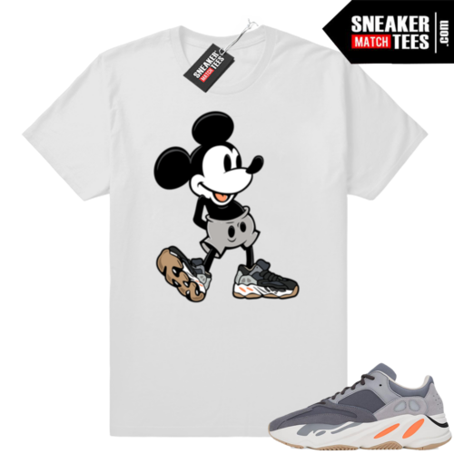 Magnet Yeezy 700 sneaker shirts