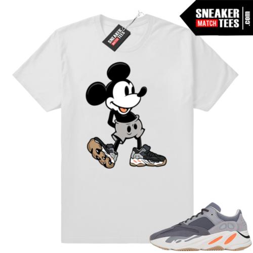 Magnet Yeezy 700 sneaker shirts
