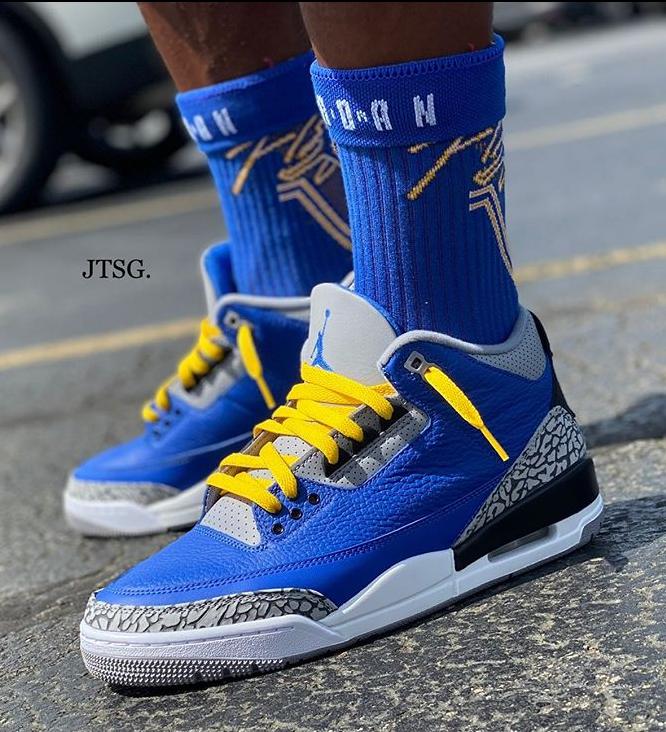 Jay the Sneaker guy Varsity Royal 3s (2)