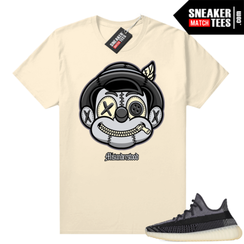 Yeezy 350 V2 Carbon shirt outfit